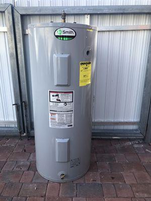 Water hiter 80 galones .......$170.00 for Sale in Miami, FL