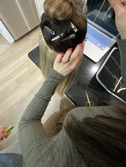 Extension Applications For Sale & Hair Services From Licensed Professional for Sale in Yorba Linda,  CA
