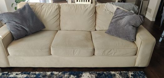 Cream Colored Sofa and Loveseat for Sale in Thornton,  CO
