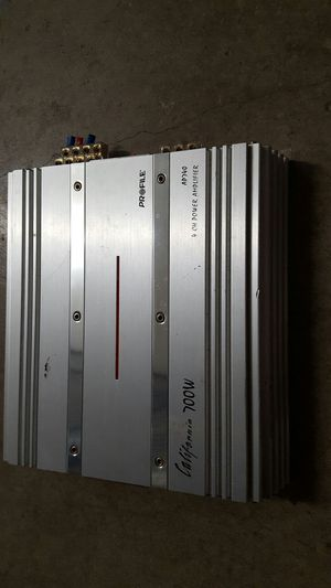 Car audio amp 700w for Sale in Chicago, IL