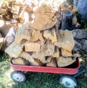 FIREWOOD $20 bucks for a wagon full! 4 times the amount what the market gives you at $9 bucks a bundle!! Hit me up if need be!! for Sale in Los Angeles, CA