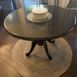 Round Table for Sale in Las Vegas, NV