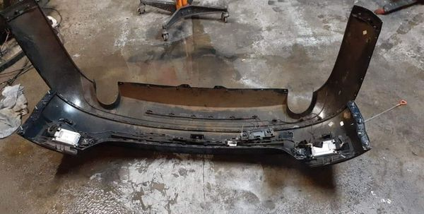 Rear bumper assembly