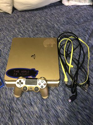 PlayStation 4 with FREE GAMES for Sale in West Miami, FL