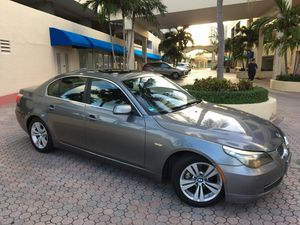 2010 BMW 528i very clean excellent condition for Sale in Miami Beach, FL