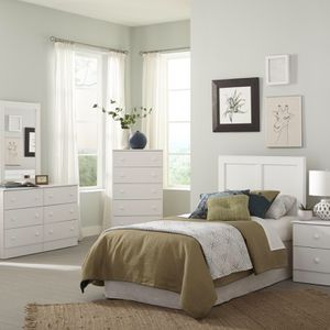 Gorgeous Fresh White Bedroom Suite! for Sale in Indianapolis, IN