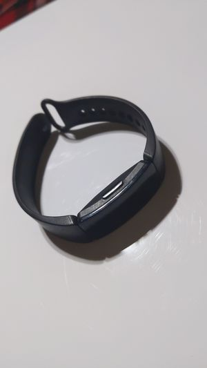 Fitbit inspire(with charger) for Sale in Corona, CA