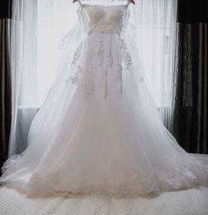 Wedding dress for Sale in Roseville, MI