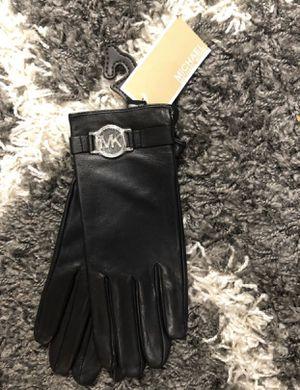 Michael Kors gloves for Sale in West Warwick, RI