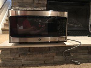 GE Microwave for Sale in Elmwood, NE
