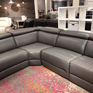 Grey Leather 6 Piece Sectional for Sale in Newberg, OR