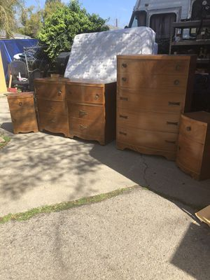 Dresser, chest, & Two Nightstands! for Sale in Alta Loma, CA