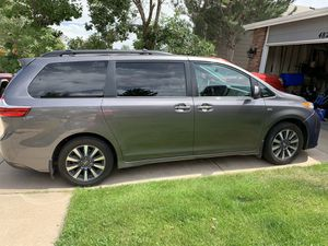 2018 Toyota Sienna XLE Premium AWD for Sale in Colorado Springs, CO