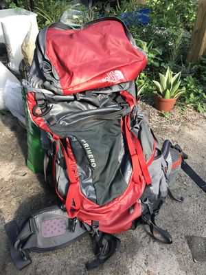 North Face 70L Hiking Pack Backpack for Sale in Tampa, FL
