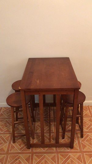 Kitchen table+4 stools for Sale in Brooklyn, NY