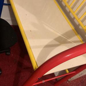 Desk With Chair For Kids for Sale in Beverly Hills, CA