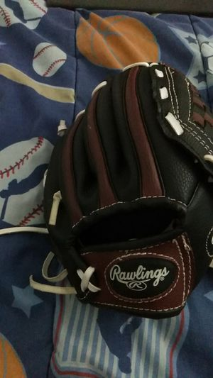 Baseball glove for kids for Sale in Hellertown, PA