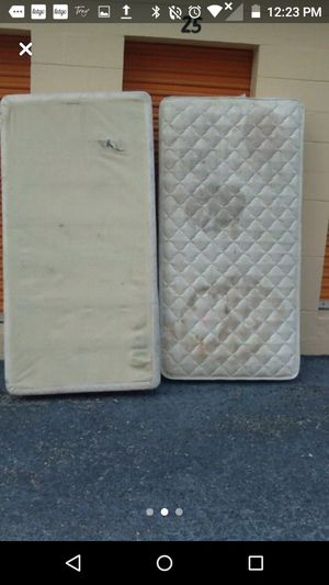 Twin bed pillow top for Sale in Lake Wales, FL
