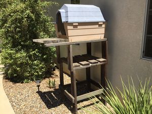 Elevated pet house for Sale in Fallbrook, CA