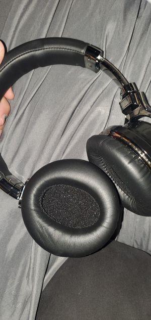 Wireless headphones for Sale in Temecula, CA
