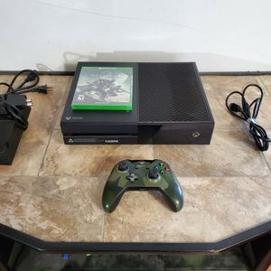 Xbox One 500 GB for Sale in Burley, ID