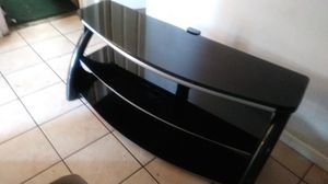 Tv stand with out mount for Sale in Montclair, CA