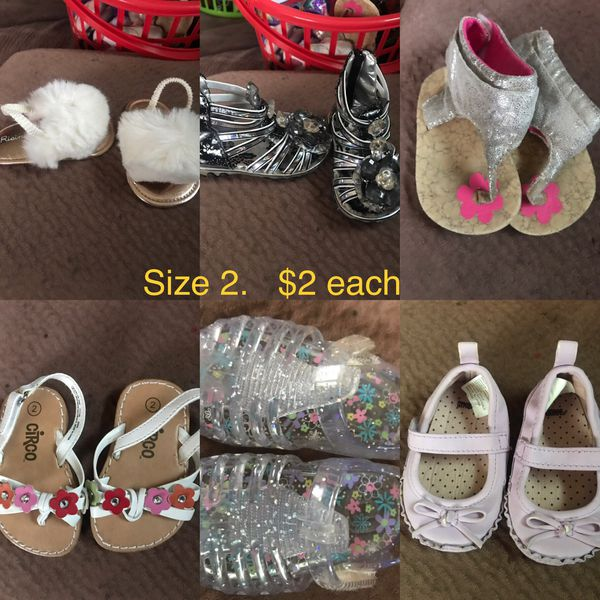 Size 2 baby girl shoes $2 each