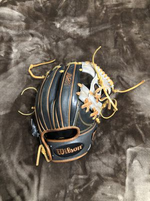 A2K Wilson glove for Sale in Lake Forest, CA