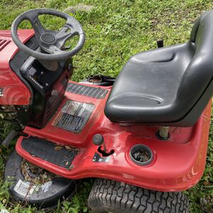 Huskee Riding Mower for Sale in Zephyrhills, FL