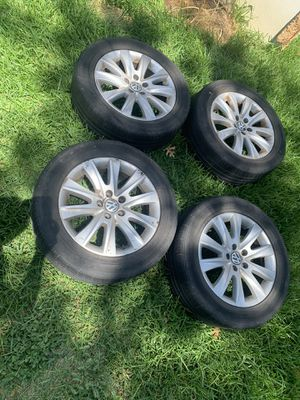 Volkswagen Tiguan rims with tires for Sale in Dallas, TX