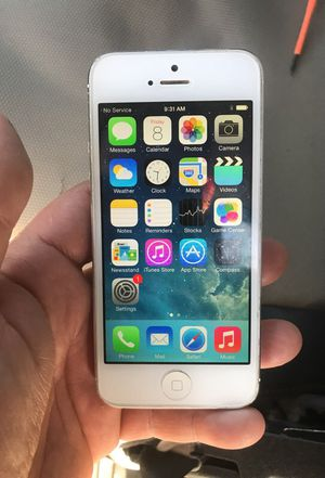 iPhone 5 unlocked for Sale in San Diego, CA
