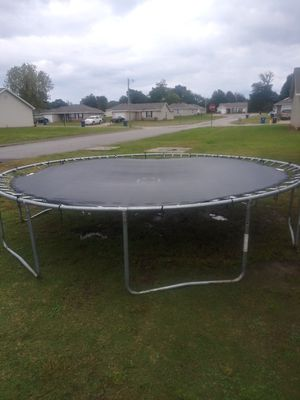 14 ft Trampoline w/ Laser Tag Game and Protective Net for Sale in Fort Smith, AR