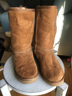 Brown UGGs boots size 5 Women for Sale in Oakland, CA