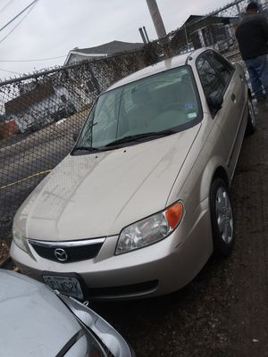 2002 Mazda protege PARTS ONLY for Sale in Maplewood, MO
