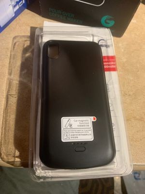 iPhone XR power bank for Sale in Pico Rivera, CA