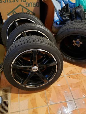 Advanti racing 18x8 5x114. tires Michelin245/40/18tires 95% life rims like new for Sale in Richmond, CA