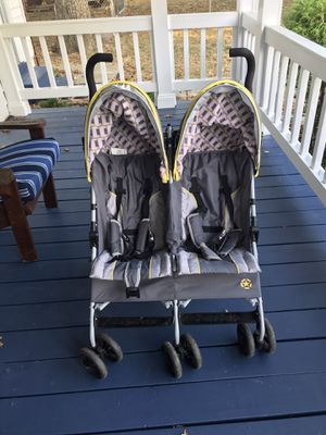 Jeep Double Stroller for Sale in Lanham, MD