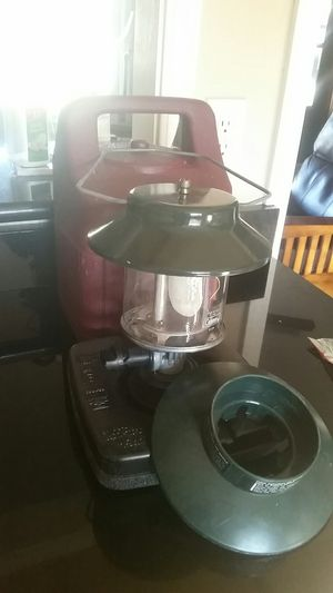 Coleman propane lantern with case for Sale in Oretech, OR