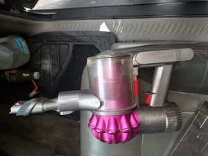 Dyson cordless vacuum cleaner for Sale in Oak Lawn, IL