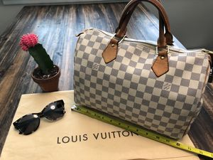 Beautiful Authentic Louis Vuitton Damier Speedy for Sale in Nashville, TN