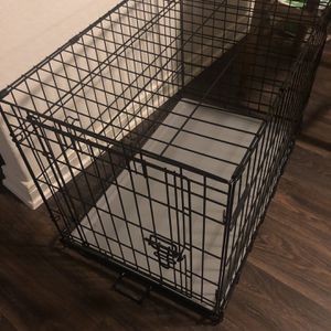 Dog Cage Medium for Sale in San Antonio, TX