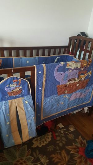 baby crib bedding set for Sale in Columbus, OH