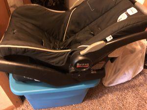 Baby car seat for Sale in Cedar Rapids, IA