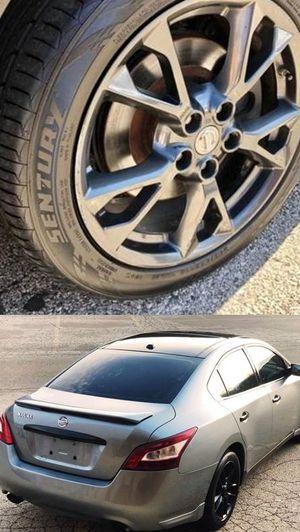 $1200 Nissan Maxima for Sale in Detroit, MI