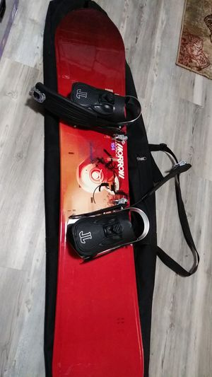 Morrow snow board for Sale in Raleigh, NC