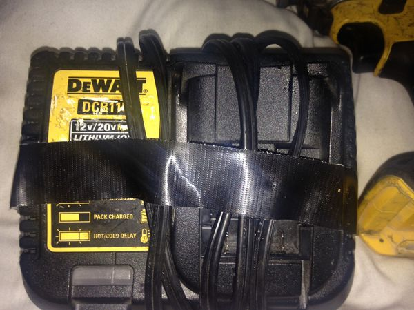 Dewalt 20 V drill set impact driver and drill battery and charger works great