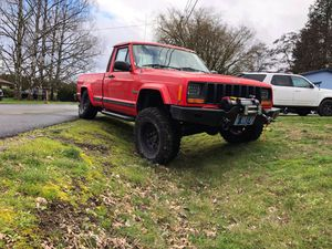 84-01 Cherokee xj warn winch bumper for Sale in Hillsboro, OR