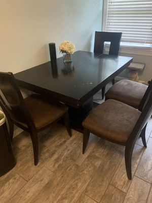 Dining or kitchen table for Sale in Toms River, NJ