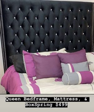 Beautiful Queen bed frame + Mattress + Boxspring for Sale in Encinitas, CA