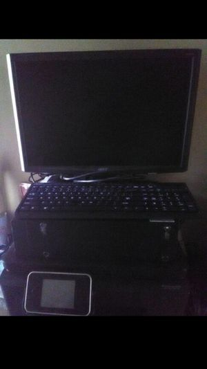 Whole Desktop computer 120 or trade for Sale in Philadelphia, PA